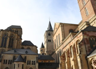 Dom Trier - Liebfrauenkirche Garten Domgarten