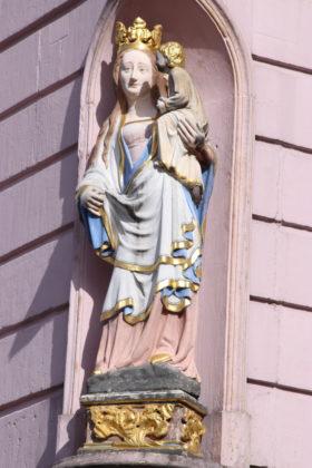 Trier Marktplatz - Statue