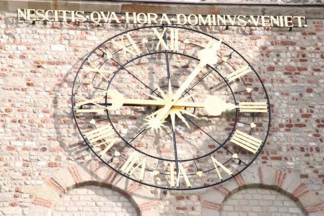 Uhr - Trier